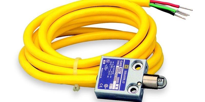 سوییچ NEMA SQUARE D محصول شرکت Schneider Electric با پارت نامبر ۹۰۰۷ML02S0200